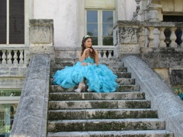 Quinceañera photo shoot in the garden of Vizcaya
